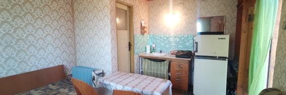 Ponúkame na predaj chatu s veľkým pozemkom v Podunajských Biskupiciach