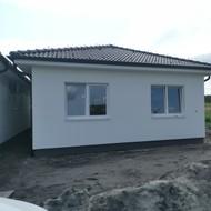Ponúkame na predaj 4i novostavby rodinných domov