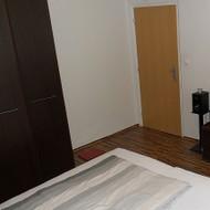 Predaj kompletne zrek. 1i bytu v centre Malaciek.